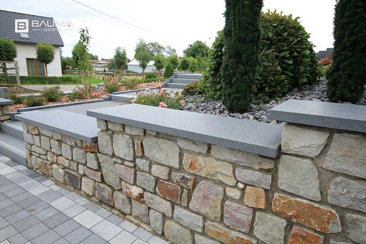 Couvertine couvre mur berlin en granit adoucie et chanfrein e plateforme compostage et - Dessus de muret plat ...